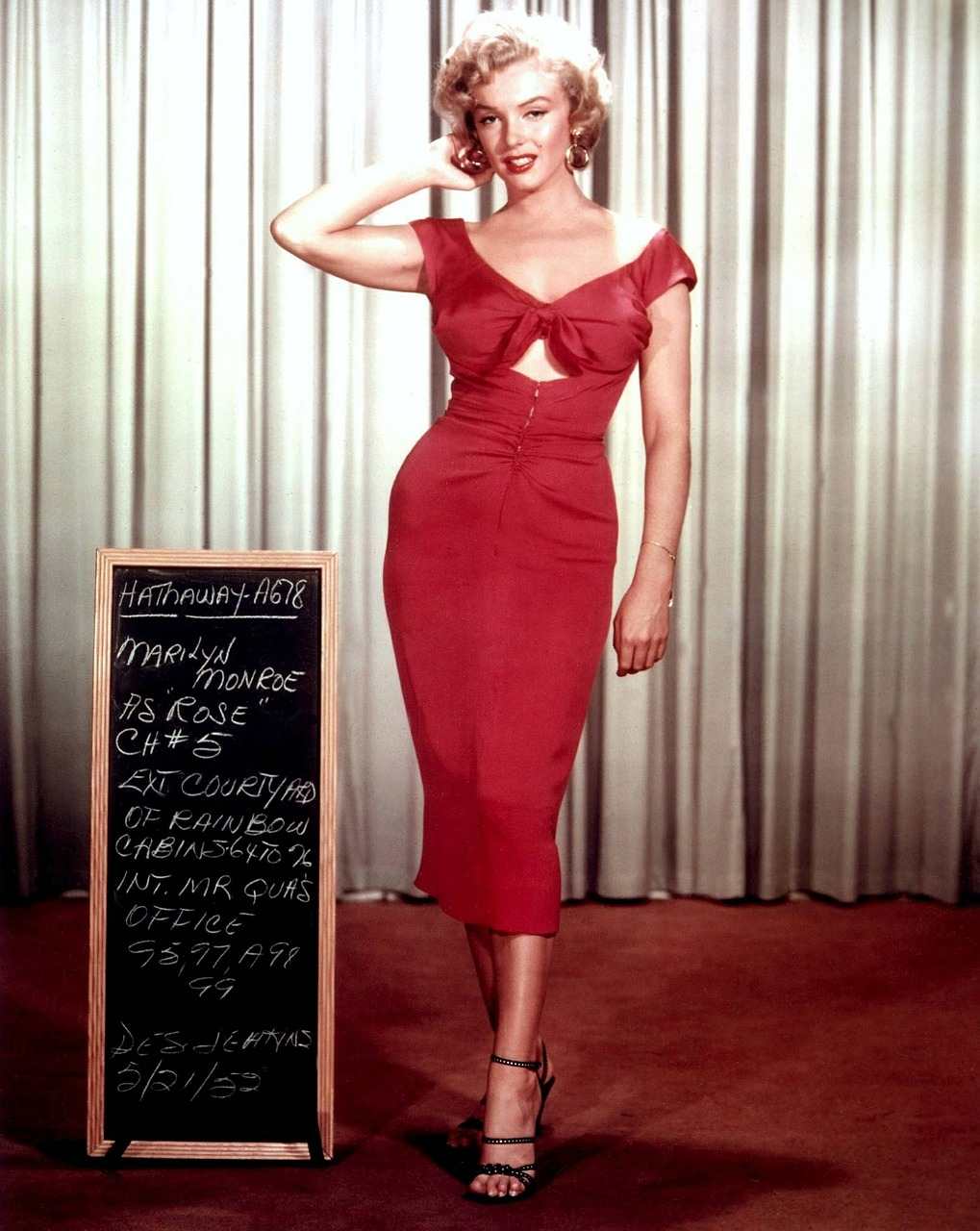 6 red dresses that made history!