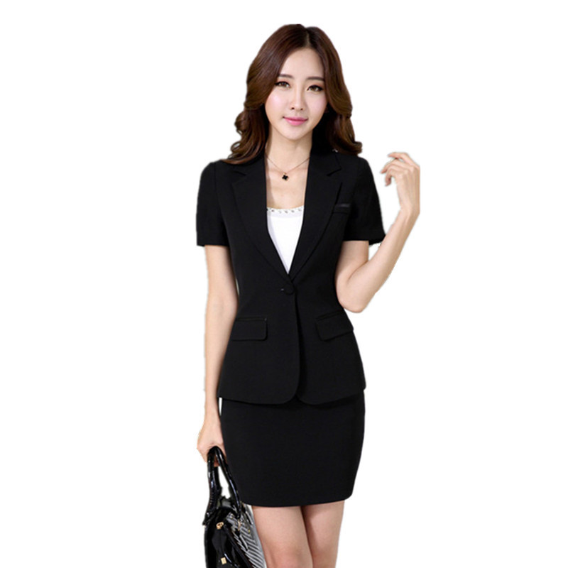 Style history - Women's Business Suit